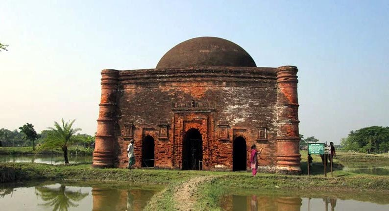 chunakhola-mosque-bagerhat