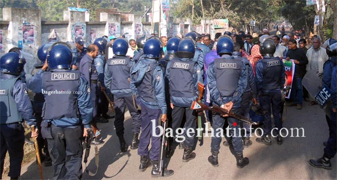 Bagerhat-Pic-1(26-12-2014)Police