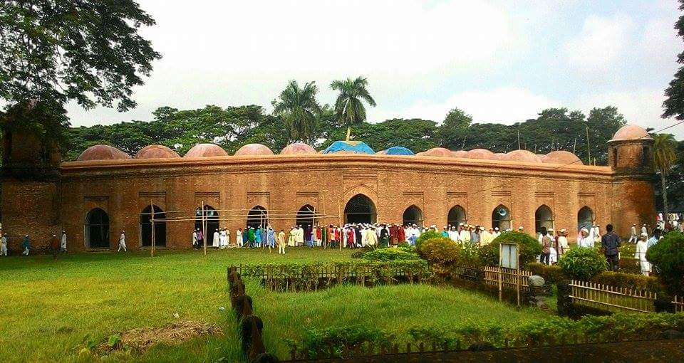 Shatgumbuj-Mosque