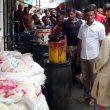 ফুটপাত দখল : মংলায় ১০ প্রতিষ্ঠানের জরিমানা