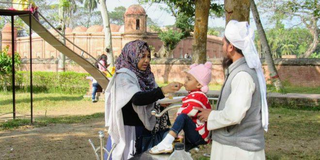 ঐতিহাসিক ষাটগম্বুজ মসজিদ প্রঙ্গণে 'শিশু কর্ণার'